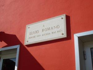 Scuola dedicata ad Elvio