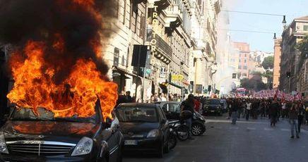 Indignati: la manifestazione del 15 ottobre 2011 a Roma