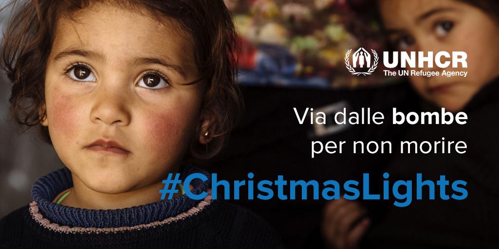Regala un inverno al caldo a milioni di rifugiati con UNHCR e #ChristmasLights